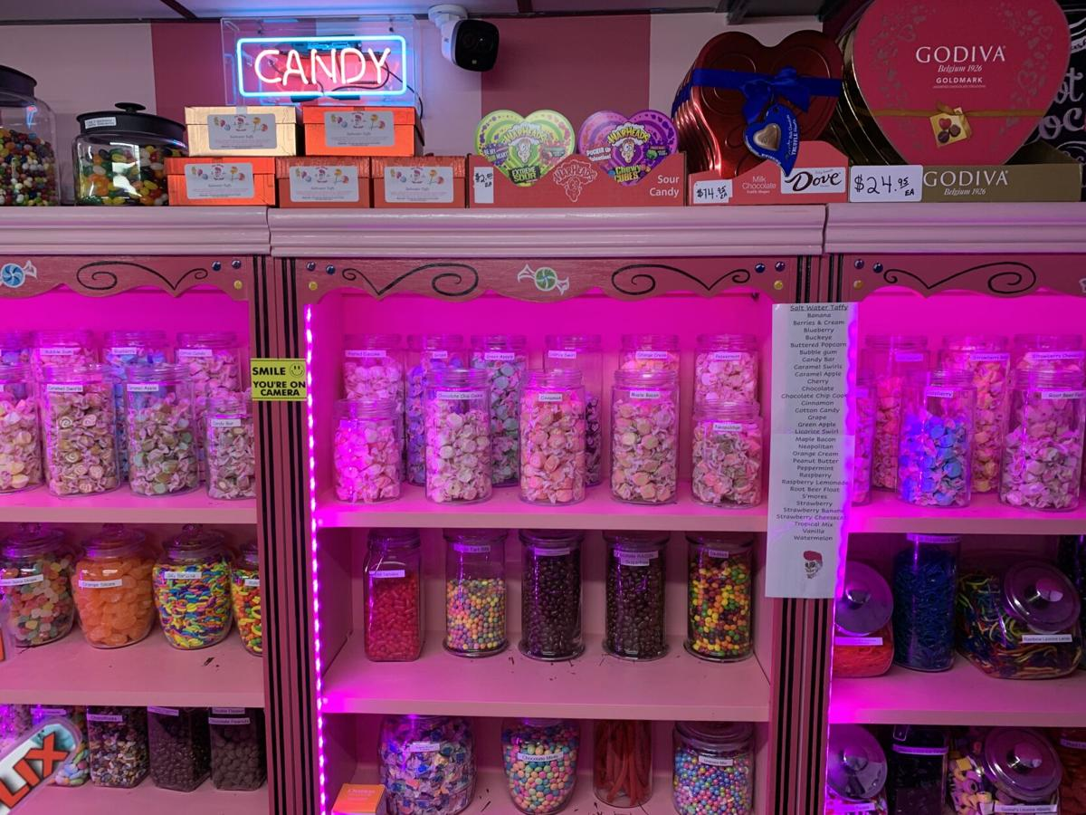 NEW ALBANY SUGAR SHOPPE - CANDY - KK 1-11-2021 (1).JPG