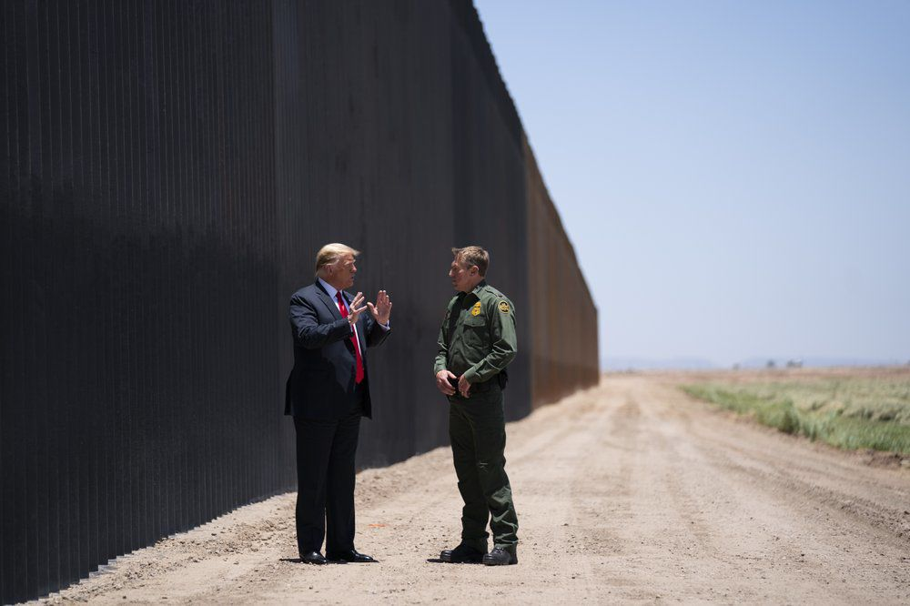 U.S. Border Patrol chief Rodney Scott, President Donald Trump, border wall