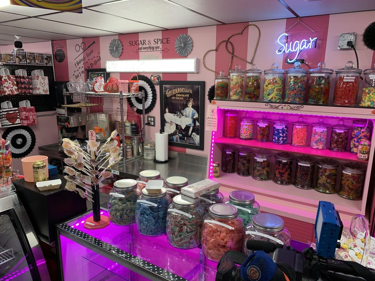 NEW ALBANY SUGAR SHOPPE - CANDY - KK 1-11-2021 (2).JPG