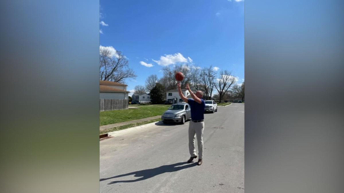 Jeffersonville mayor, police donate basketball goal-pickup game (3).jpeg