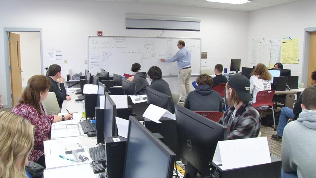 Students learn how to write code at ECTC