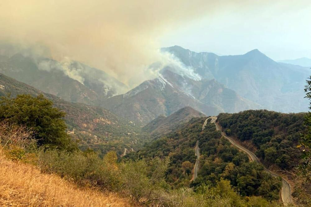 Smoke from Paradise Fire in Sequoia National Park