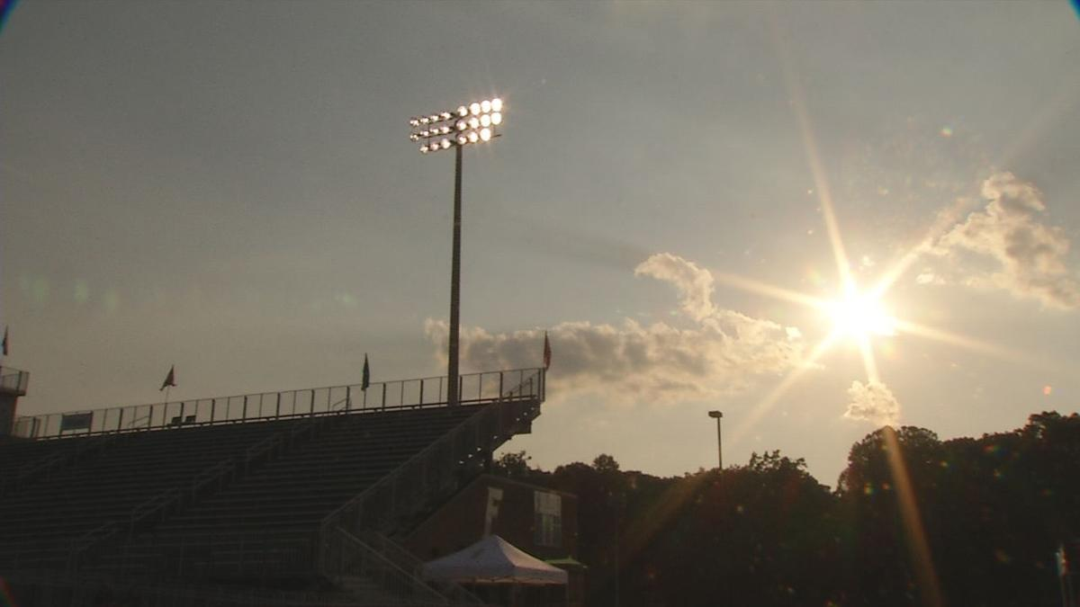 Floyd Central delays kickoff due to heat