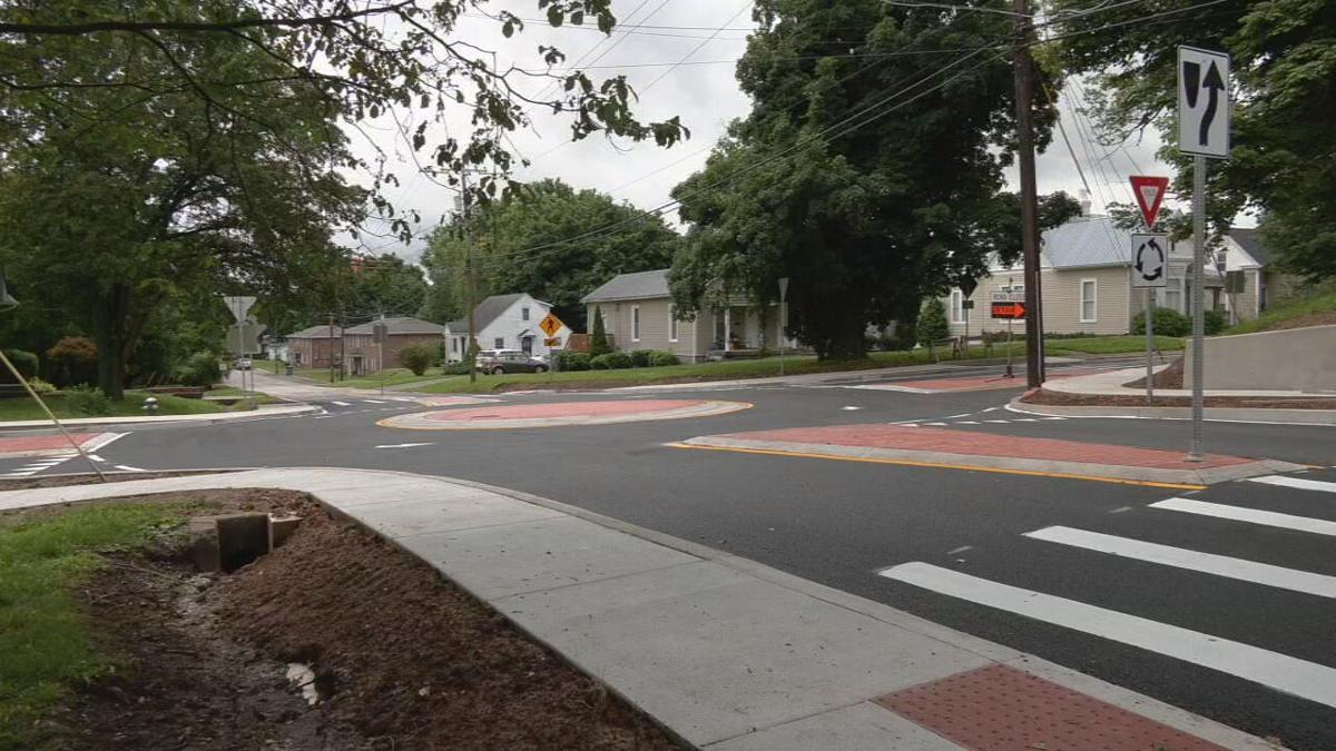 Elizabethtown roundabout - Crutcher and Main.jpeg