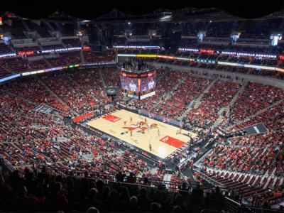 KFC Yum! Center, Louisville basketball court