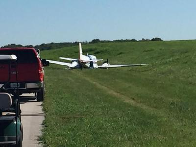 Four people hurt in plane crash near Georgetown, Ky  | News | wdrb com