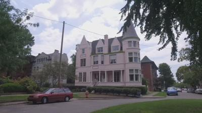 IMAGES   Famed 1890s 'Pink Palace' in Old Louisville is for sale