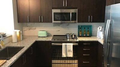 IMAGES | WDRB tours the luxury apartments inside the downtown Louisville Omni Hotel