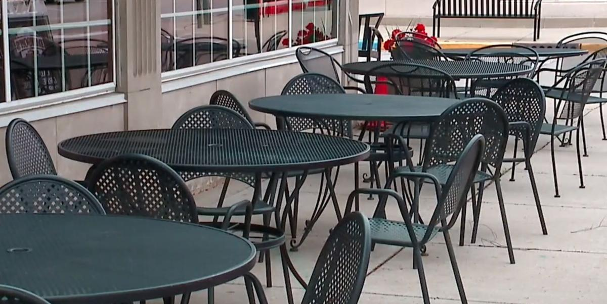 Speedway, Indiana, restaurant empty tables, generic, COVID-19