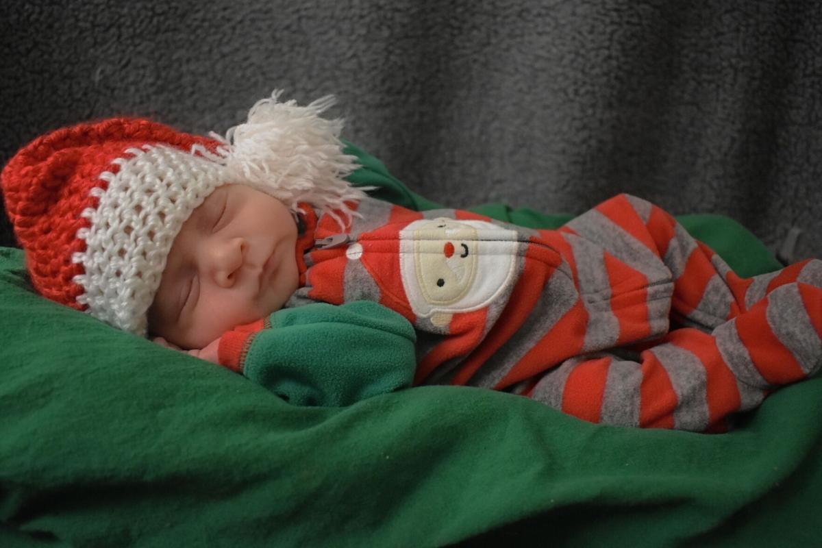 NICU Baby - Amster pic #2.jpg