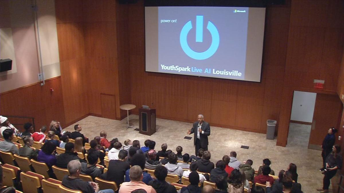 Stedman Graham speaks to JCPS students as part of Dec. 3, 2019 STEM event