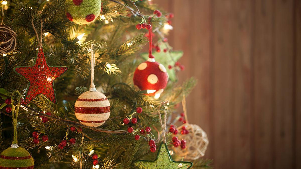 Wide_Christmas Tree 2.jpg