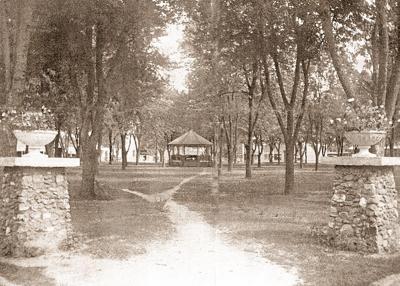 - Seymour's July 4, 1899, celebration