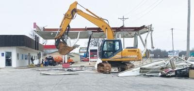 - Signal Food Store gets facelift
