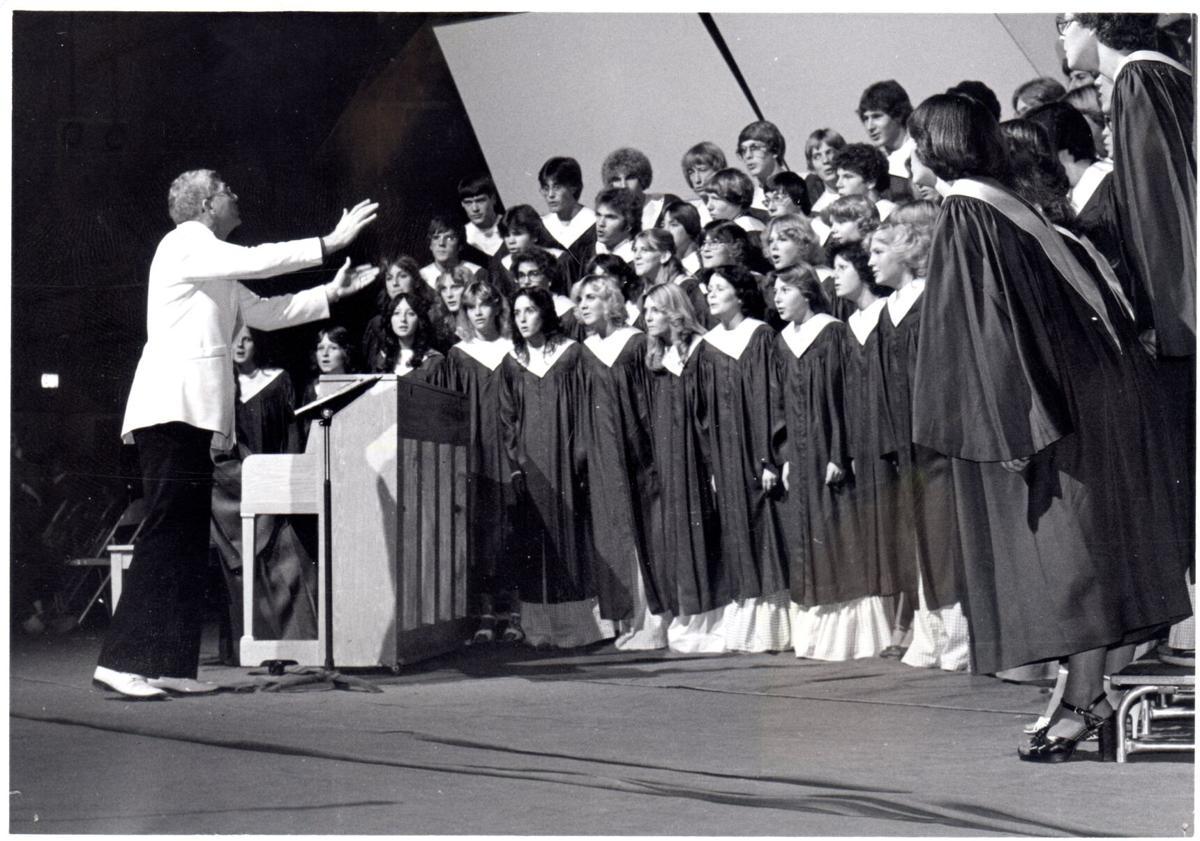 4.Ed Sand with Eastmont HS Concert Choir Choir 1978.jpg