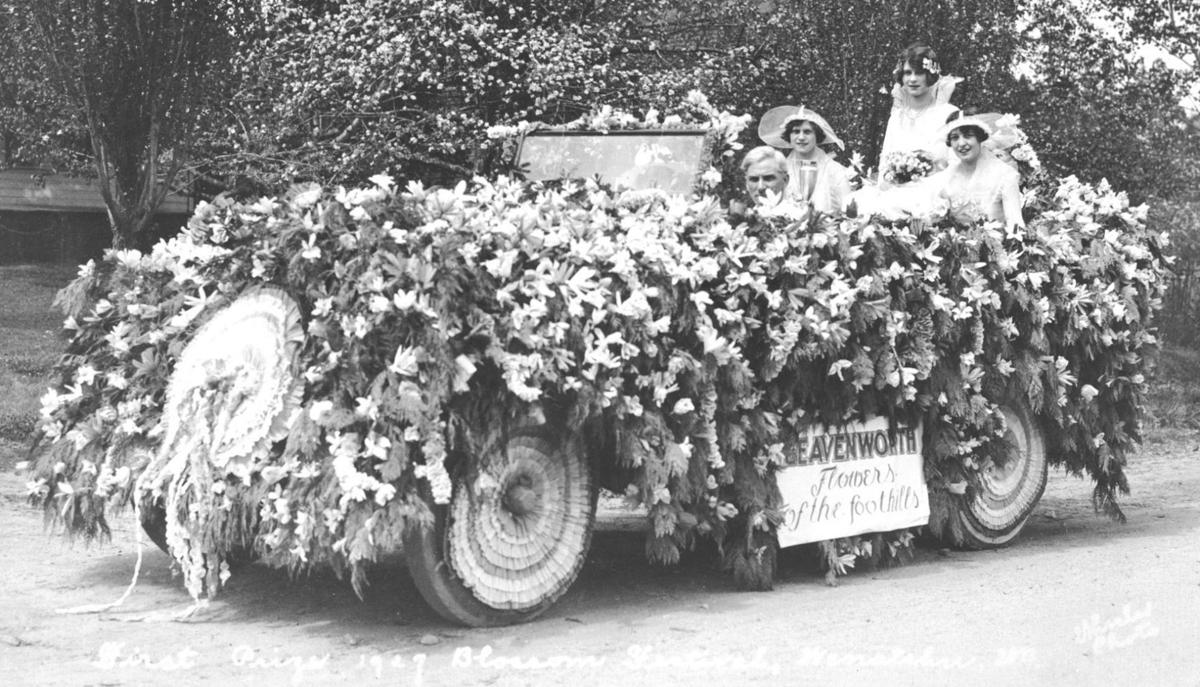 1926-1927: Eastside boys win relay; festival organization forms