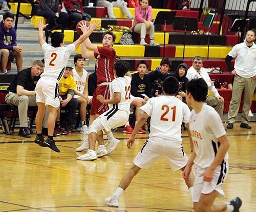 0208_ep_shocker basketball boys lake roosevelt 2