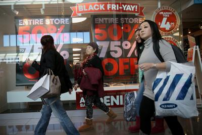 BIZ-RETAIL-BLACKFRIDAY-RECORD-PH