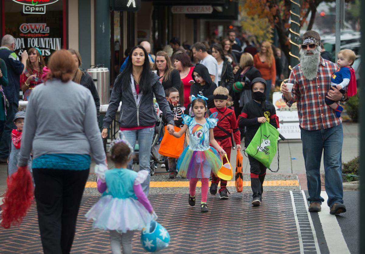 East Wenatchee 2020 Halloween Trunk Or Treat Lots of frights and sights this Halloween | GO! | wenatcheeworld.com