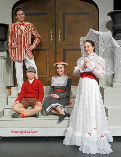 Mary Poppins, Berg, Jane and Michael Banks.jpg