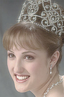 2002 Queen Natalie Bird.jpg