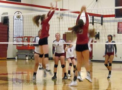 0914_ep_shocker volleyball varsity 2