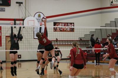 Shockers volleyball vs Cascade