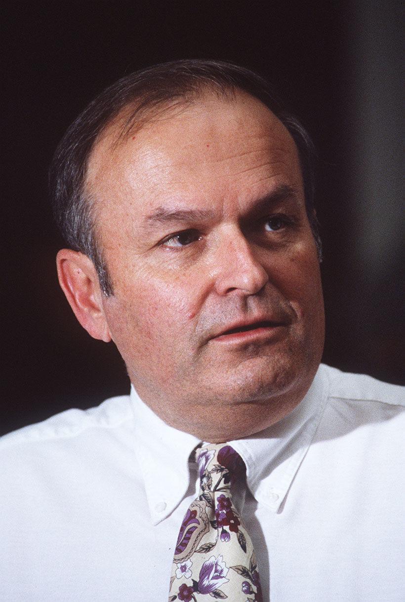 Ex-Judge Thomas Warren dies at 77