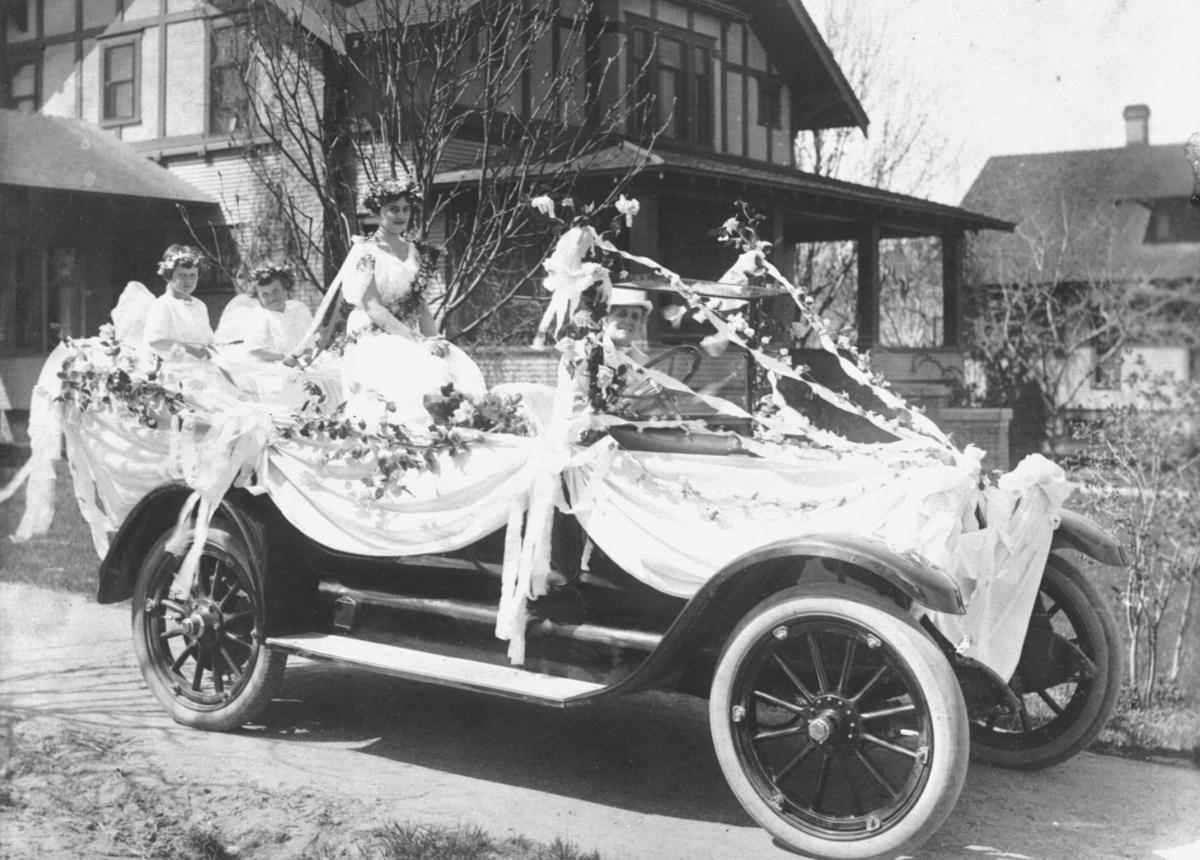 1919-1921: An idea celebrates 'blooming time'; parade 'bombed' with blossoms