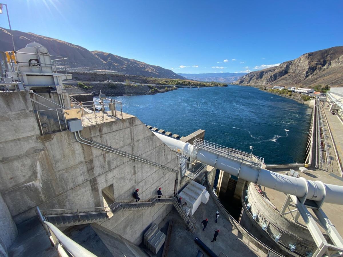 MFGweek21 Rocky Reach Dam-2148_sm.jpg