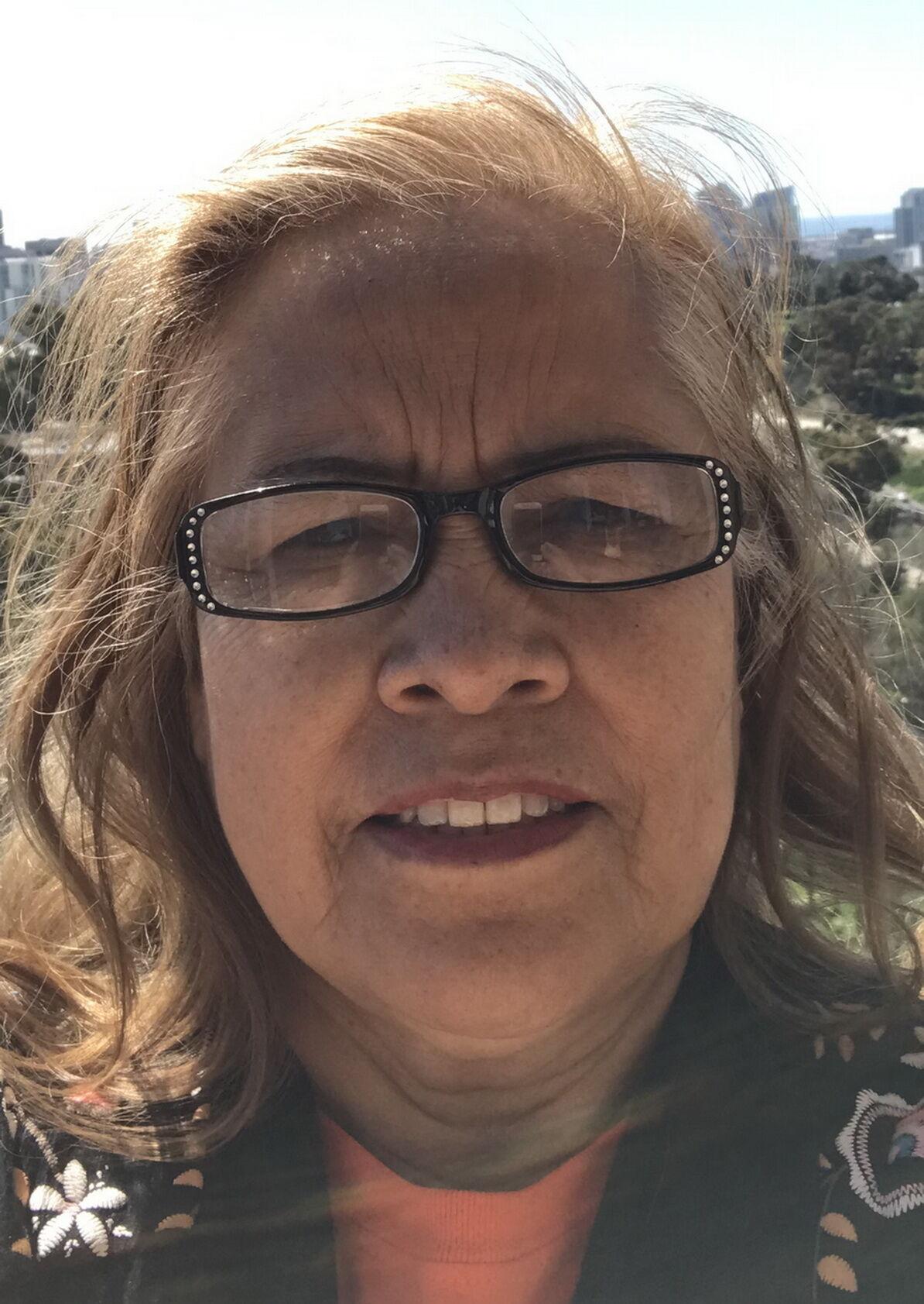 Alma Chacón