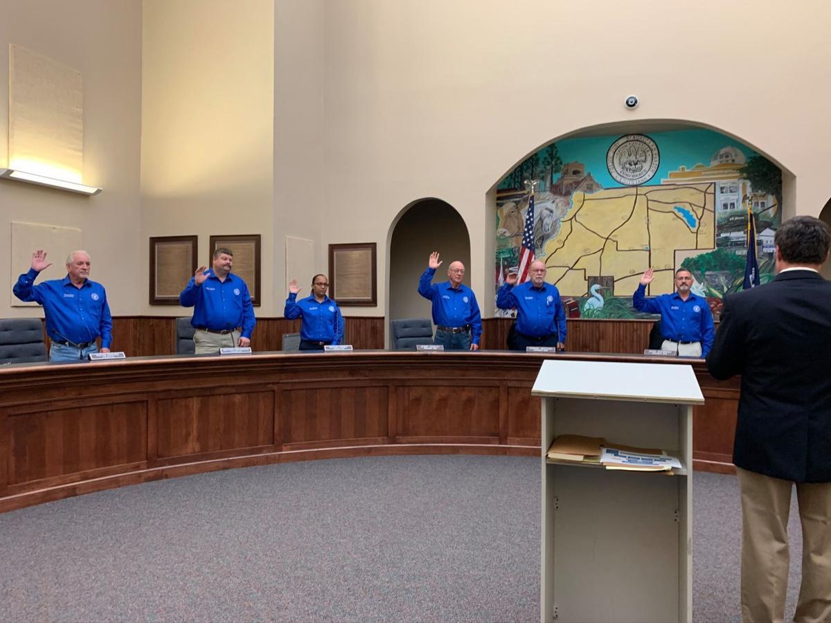 beauregard parish police jury swearing in 1.jpg
