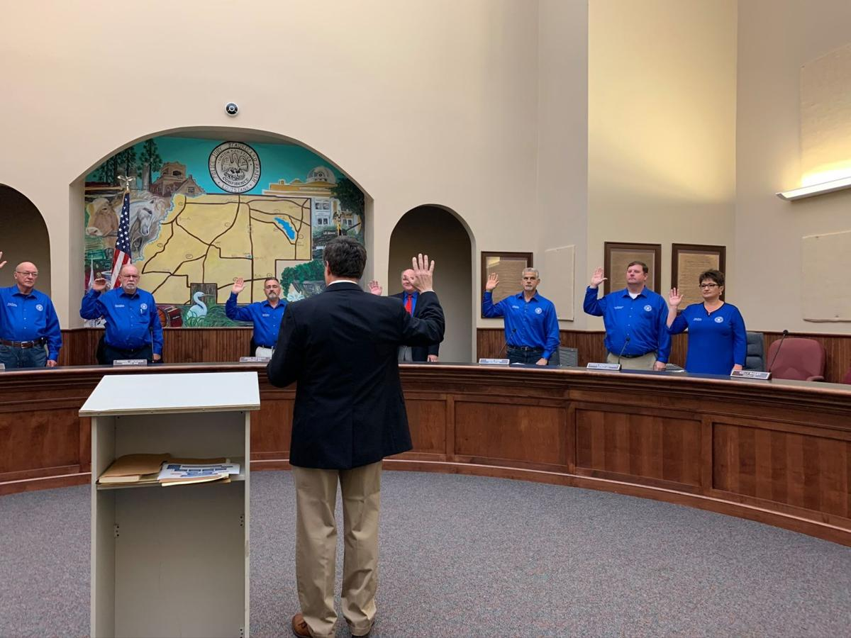 beauregard parish policy jury swearing in 2.jpg