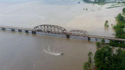 dam b bridge.jpg
