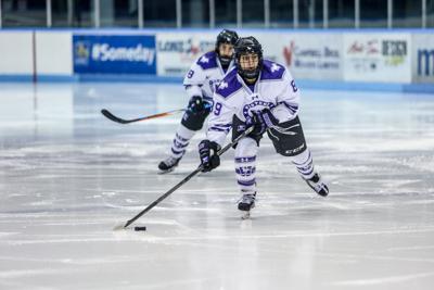 Women's Hockey - Jenny Jay.jpg