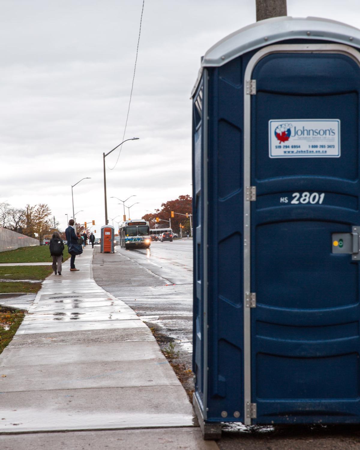 Strike porta-potty (Photo 2)
