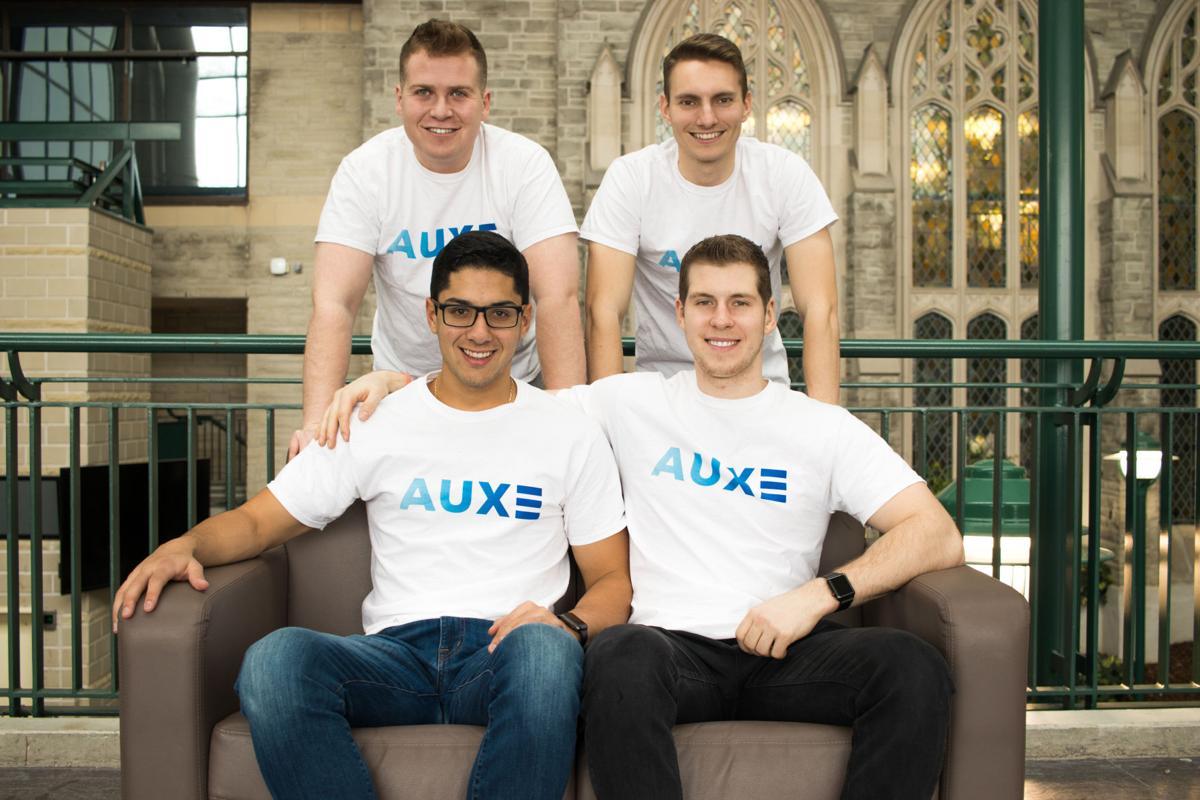 Auxe phone repair company (Photo 1)