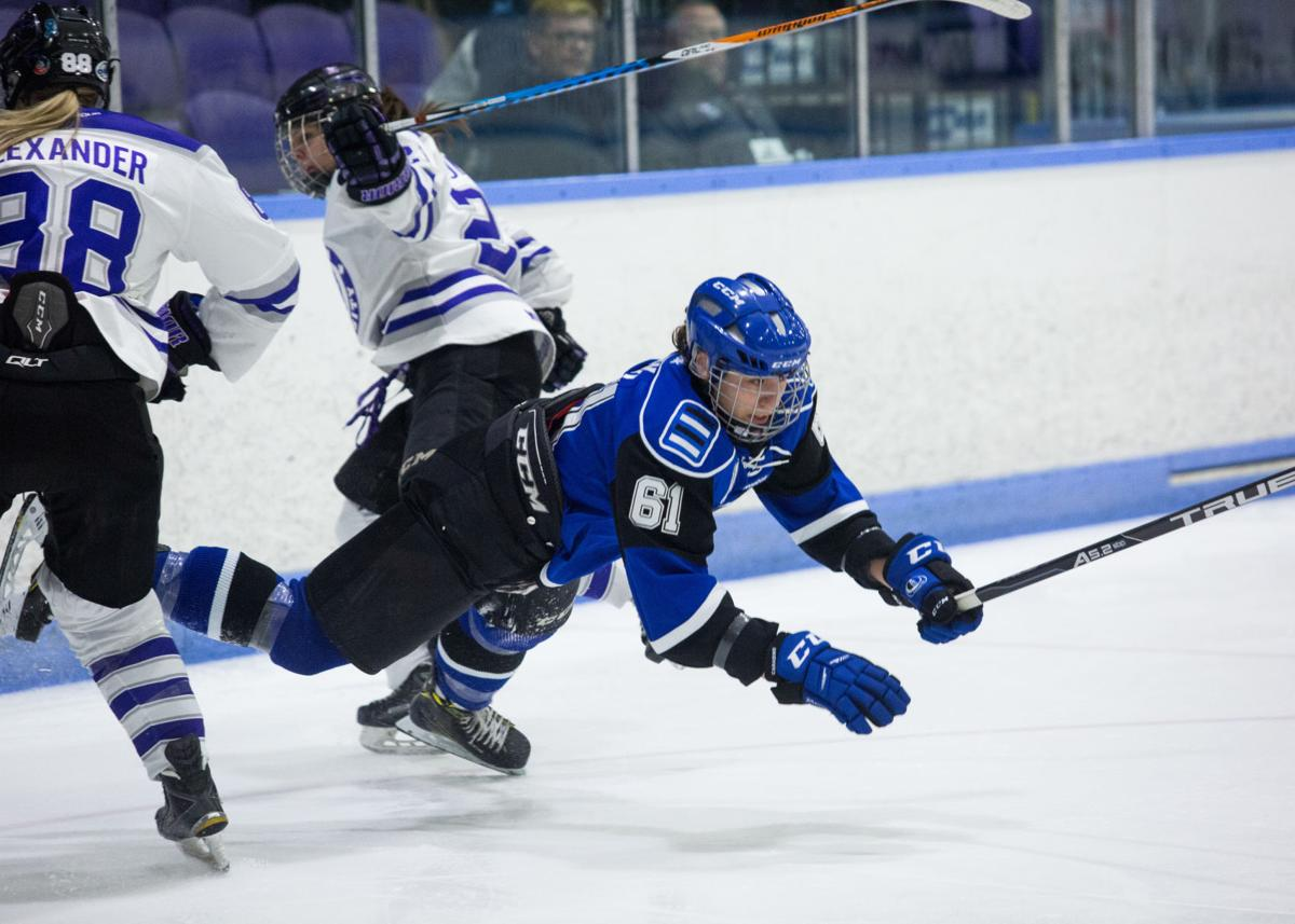 Womens Hockey Championship Western vs Montreal - Liam McInnis-4.jpg