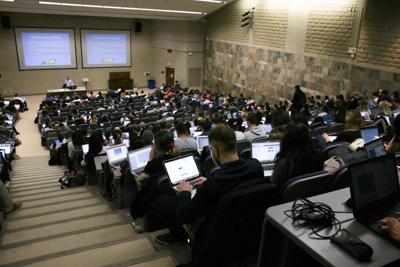 Natural Science Lecture Hall (Photo)