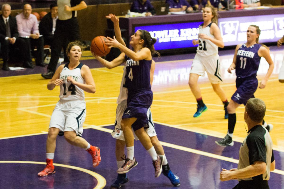 Women's Basketball Nov23 - Samar Sajnani-4.jpg