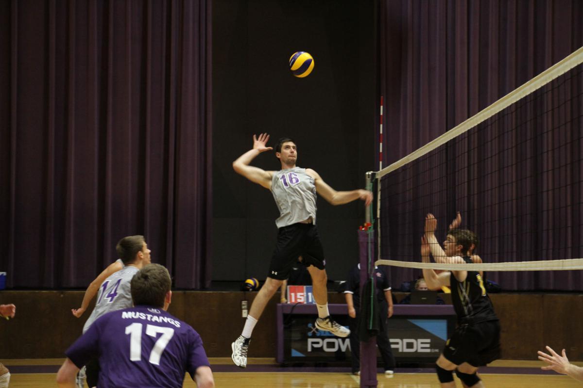 volleyball_men's_preseason_Oct15_Waterloo_Mike_Choja