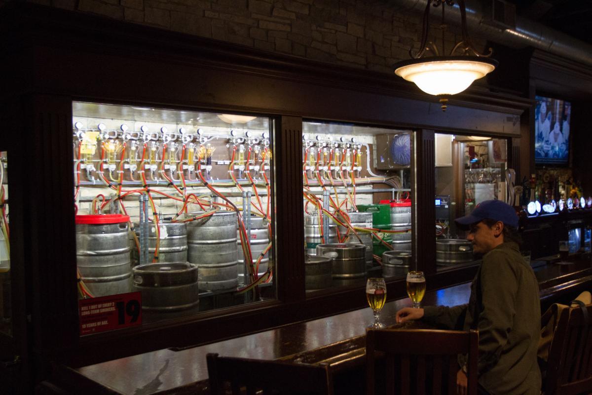 Bar Hop: McCabe's (Photo 3)