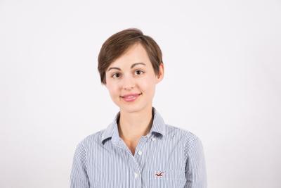Alina Kleinsasser (Headshot)