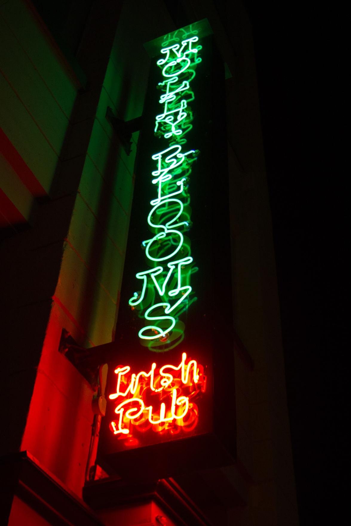 Bar Hop: Molly Blooms (Photo 4)
