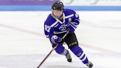 Western Mustangs women's hockey-April Clark, Jan. 14