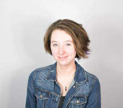 Kaitlyn Lonnee Headshot (Photo)