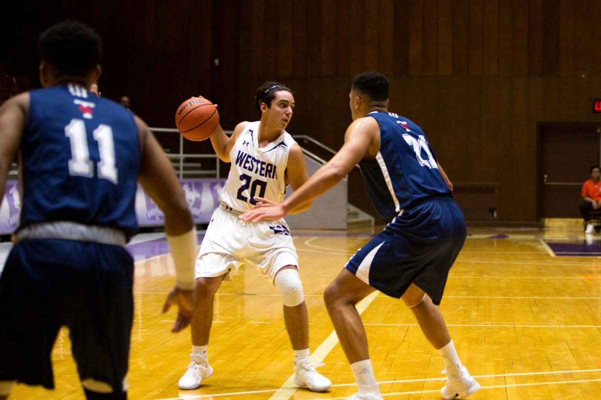 Men's Basketball vs Toronto (Image 1)