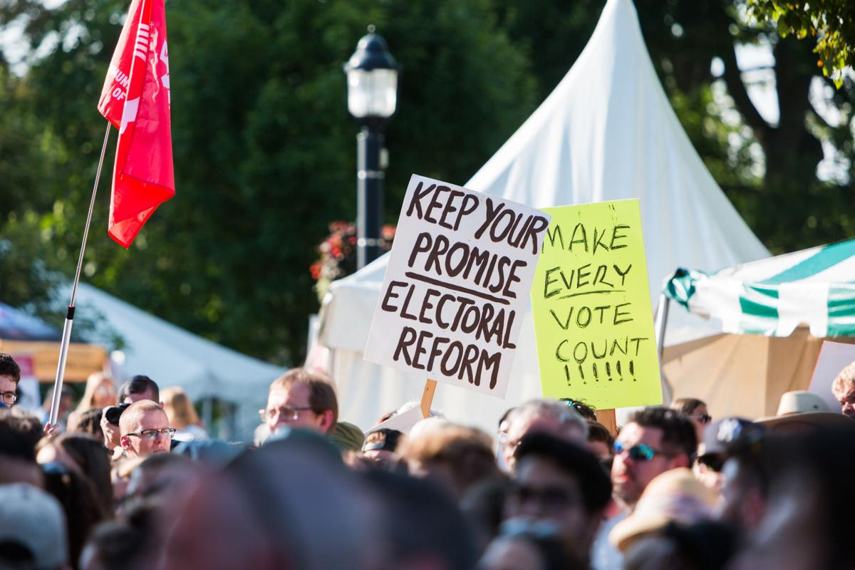 Trudeau Sunfest (Signs) - Liam McInnis (1 of 5).jpg