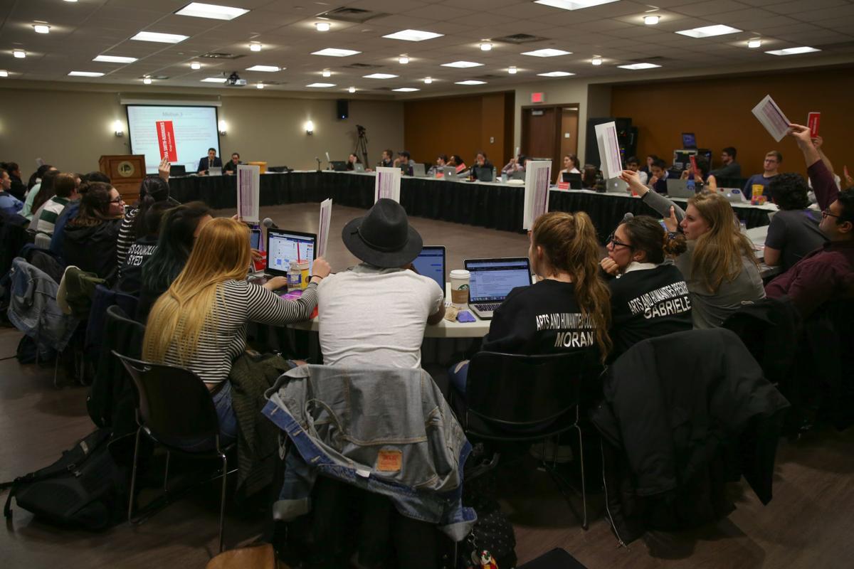 USC Council Meeting - Taylor Lasota-6.jpg