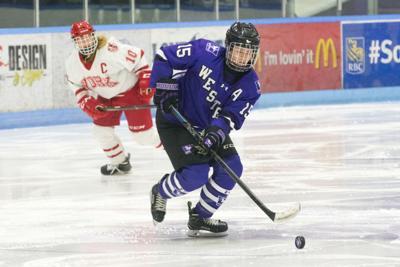 Women's Hockey - 02-09-2018 - Lucy Villeneuve